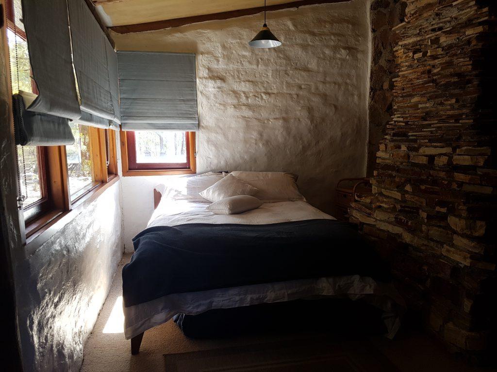 Main bedroom - Saddlers Cottage